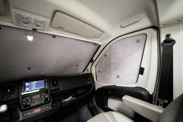 Innenisolierung Fiat Ducato mit Remis-Faltverdunkelung