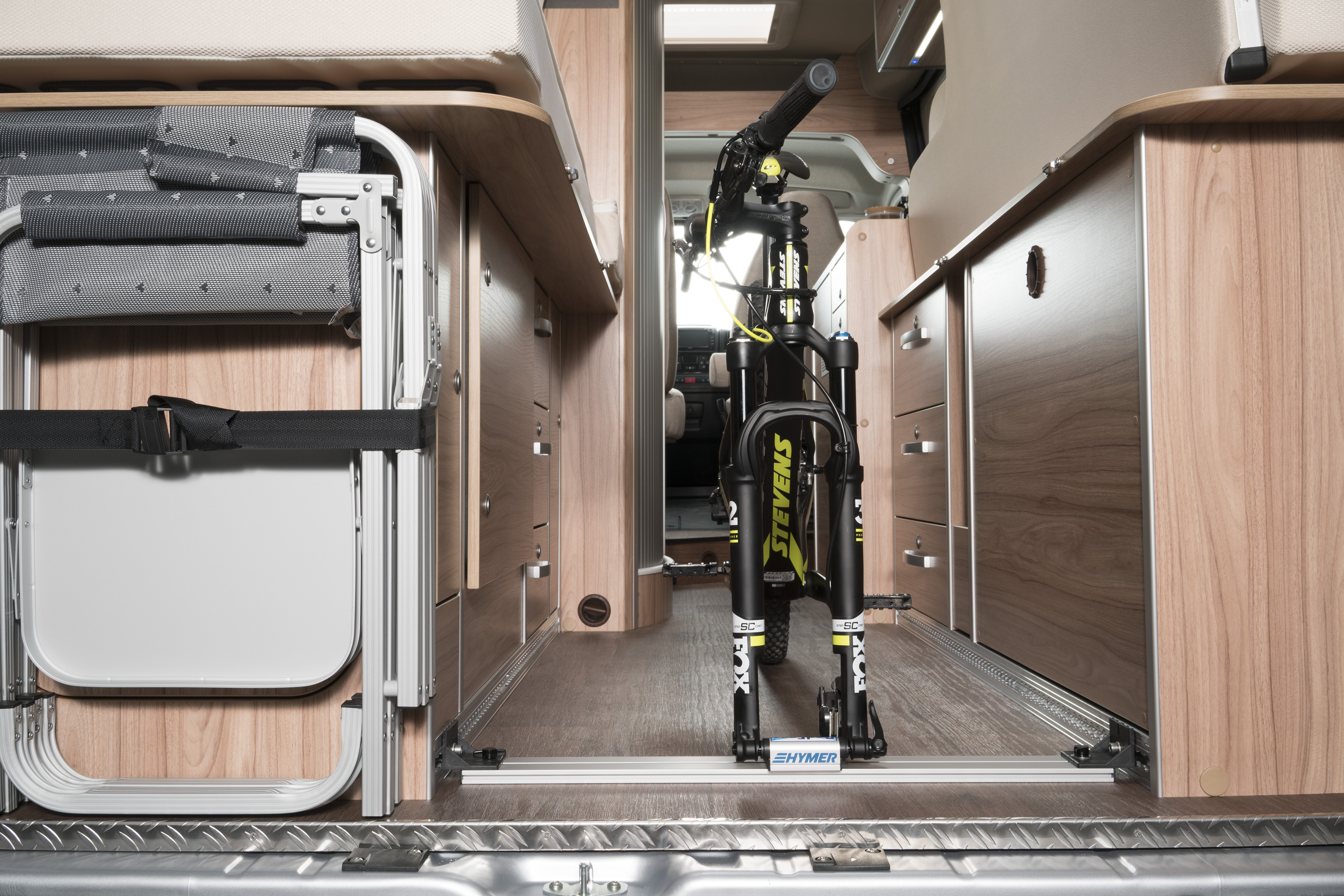 radfazz cycle rail hymercar cycle rail hymer cycle. Black Bedroom Furniture Sets. Home Design Ideas