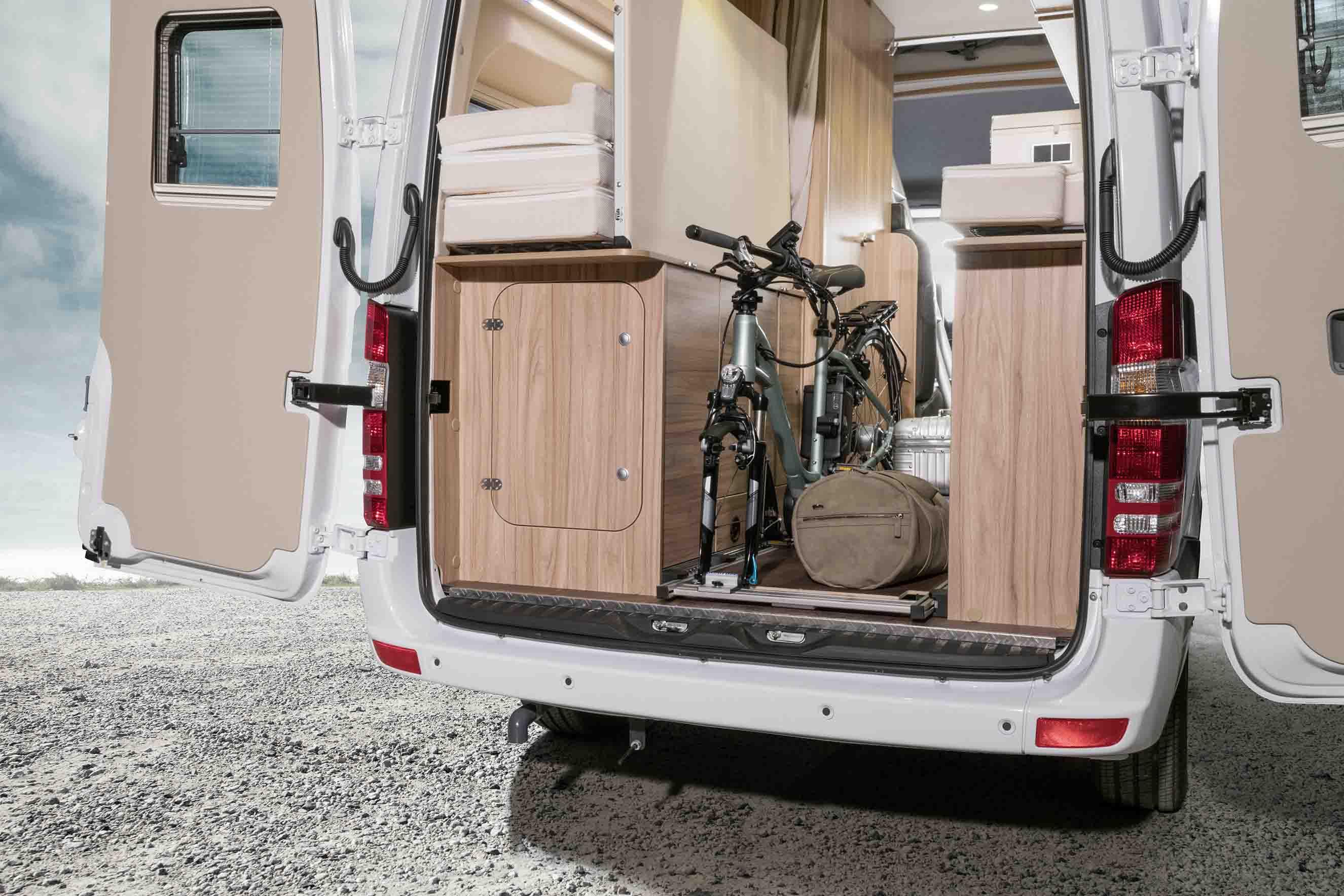 ladeboden ausziehbar sonstiges reise transport. Black Bedroom Furniture Sets. Home Design Ideas