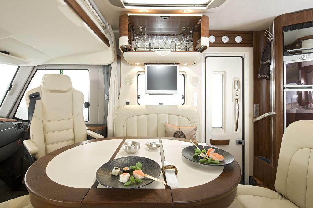 tisch rund ausziehbar im dekor ecume pearl tische innen raum hymer gmbh und co kg. Black Bedroom Furniture Sets. Home Design Ideas