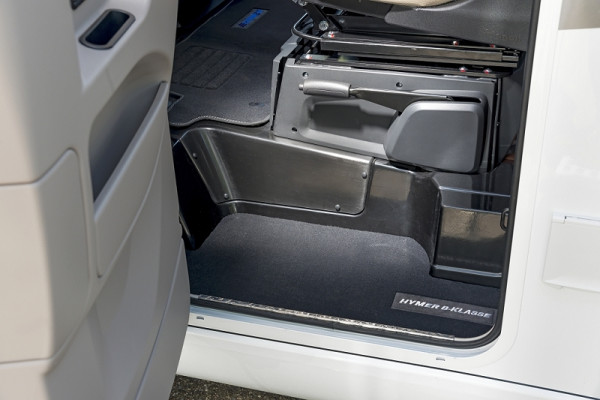 Fahrerhausteppich B-Klasse